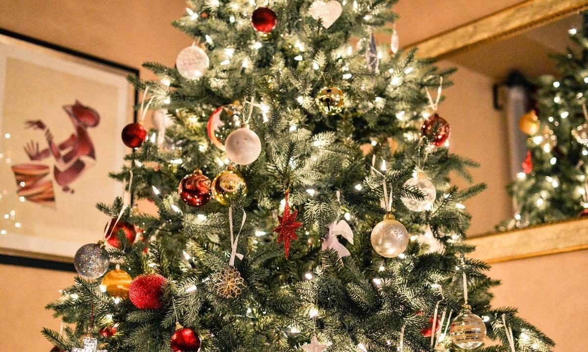 Frasi Originali Auguri Natale.131 Auguri Di Natale 2021 Frasi Belle E Immagini Da Dedicare Emozionanti Formali Simpatiche Originali