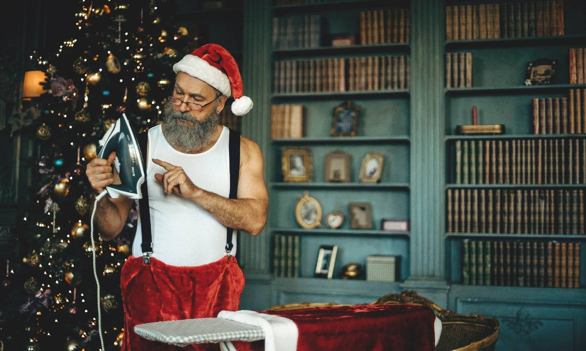 Immagini Natalizie Simpatiche.30 Frasi Sul Natale Divertenti Le Piu Belle Battute E Gli Indovinelli Piu Originali