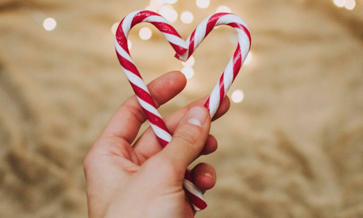 Auguri Di Natale Dolci D Amore.55 Frasi Di Buon Natale Amore Mio Le Dediche Piu Belle Romantiche E Dolci